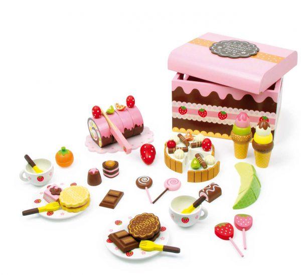 Medinė desertų dėžė