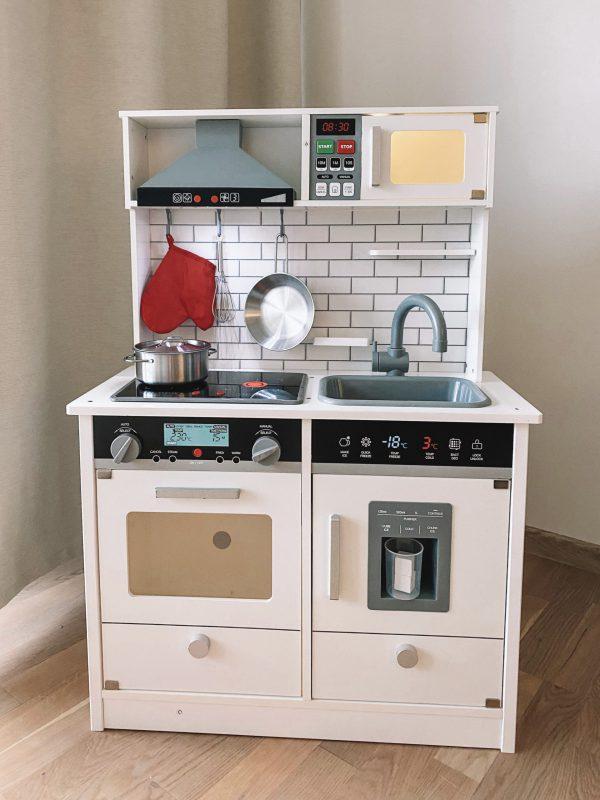 Virtuvė su garsais, apšvietimu2
