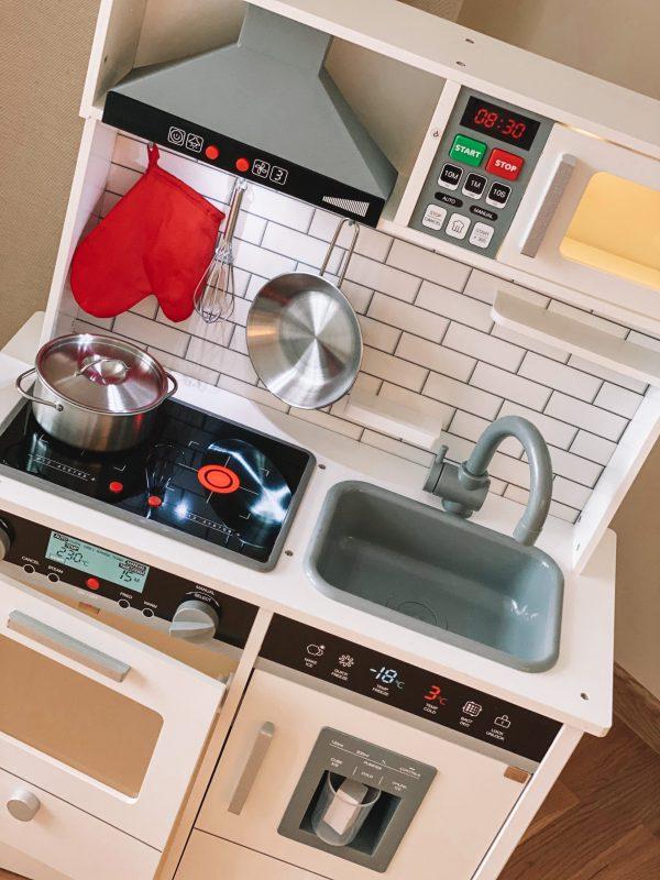 Virtuvė su garsais, apšvietimu3