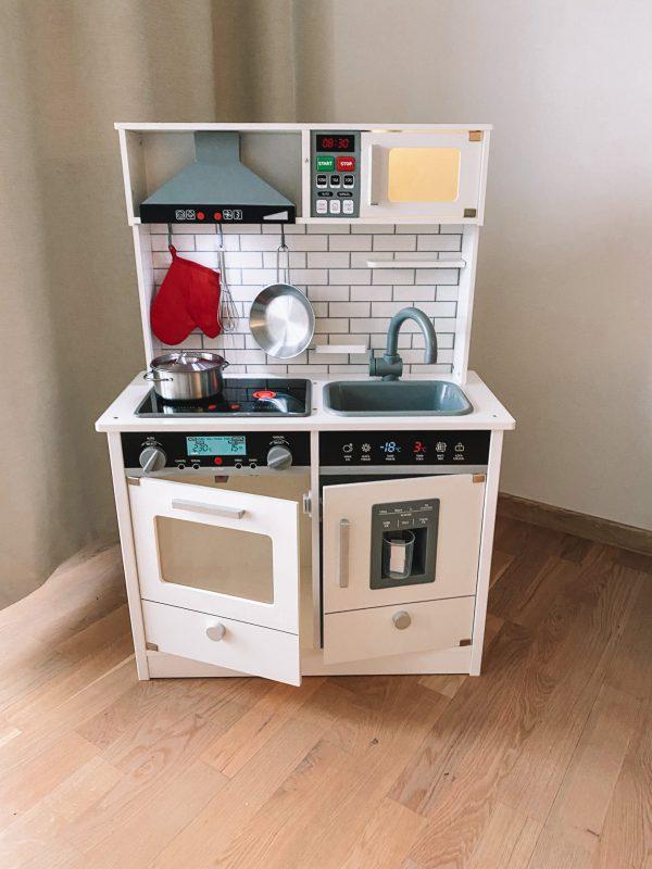 Virtuvė su garsais, apšvietimu4