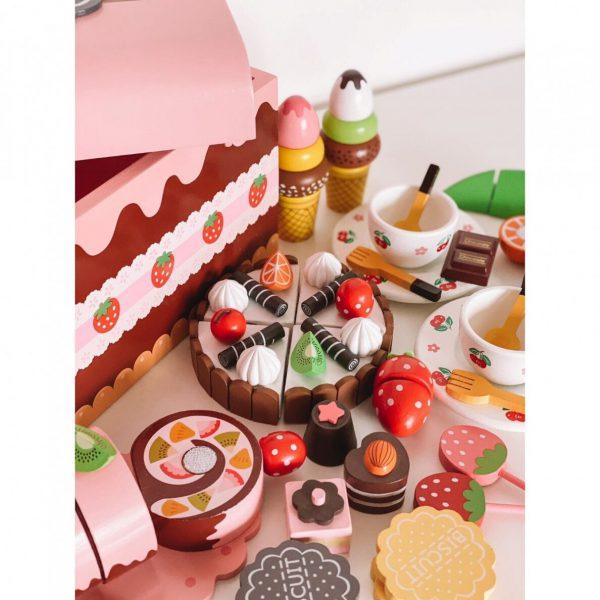 Medinė desertų dėžė2