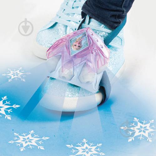 FROZEN Šviečiančios batų dekoracijos2